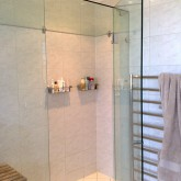 glass shower screen Perth